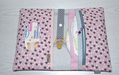Bild von XL Windeltasche Herzchen rosa/grau