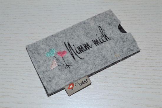 Bild von Tabletten-Etui Nimm mich grau/pastell