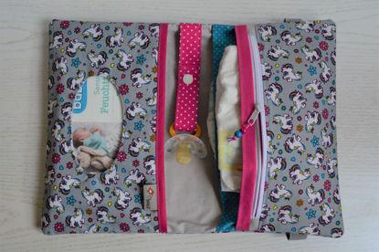 Bild von XL Windeltasche Einhorn grau/pink